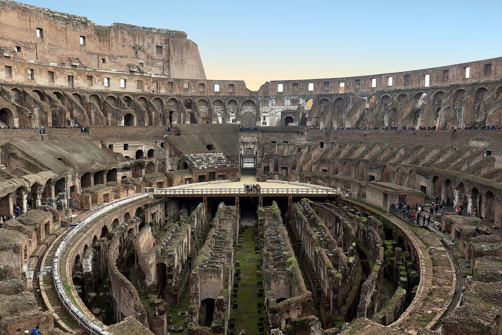 colosseum gladiator size