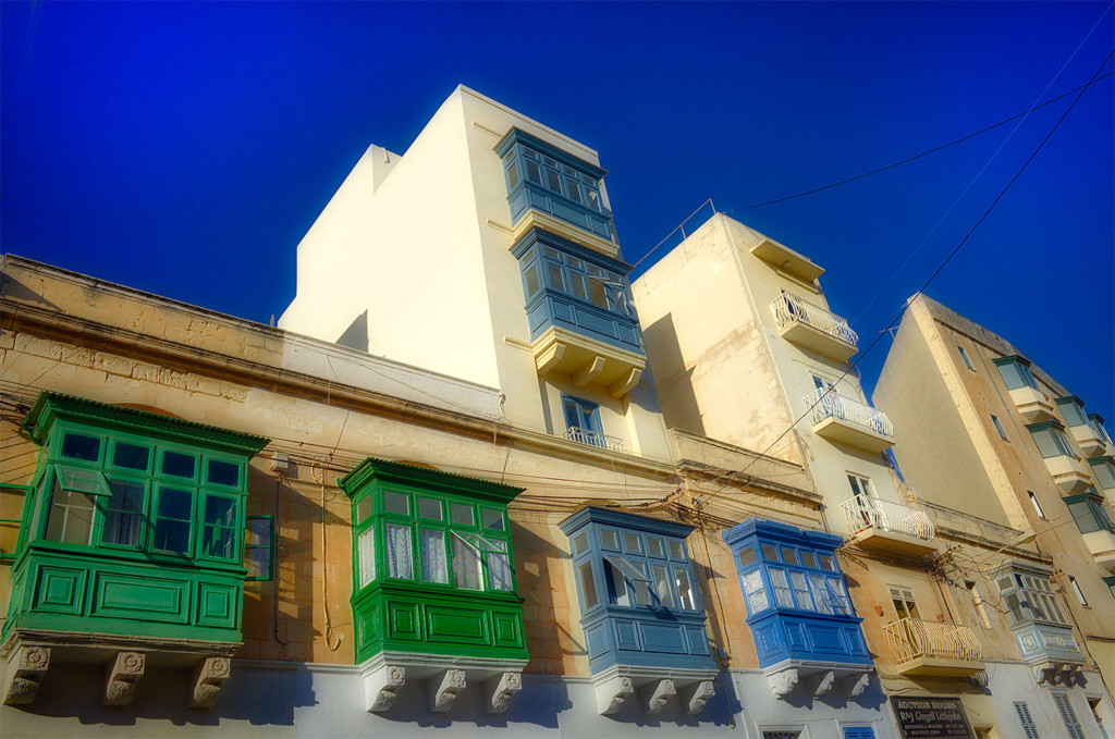 Malta Balconies size
